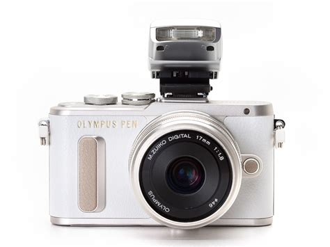 Olympus PEN E-PL8 First Impressions Review: Digital