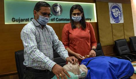 Over 54,000 people quarantined in Surat as COVID-19 cases